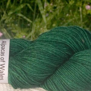 Alpacas of Wales semi-solid rich emerald green Suri & Baby Alpaca sport weight yarn. hand dyed by Triskelion Yarn