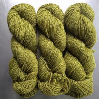Frea - Semi-solid chartreuse green, with ochre and spring green tones Bluefaced Leicester (BFL) / Gotland dlouble knit (DK) yarn. Hand-dyed by Triskelion Yarn