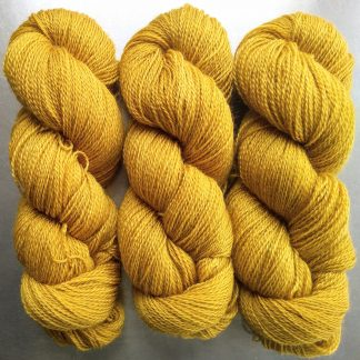 Lleu - Sunny golden yellow Falklands Corriedale and British Mohair 4-ply/fingering/sock yarn. Hand-dyed by Triskelion Yarn