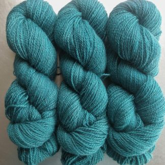 Harbour - Dark turquoise Bluefaced Leicester (BFL) / Gotland 4-ply (fingering) yarn. Hand-dyed by Triskelion Yarn