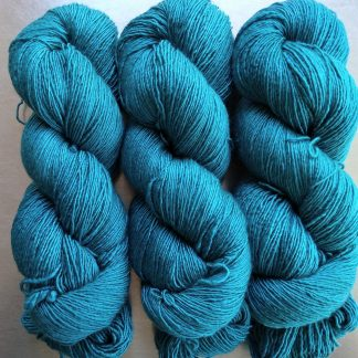 Harbour - Mid turquoise Falklands Merino and silk blend yarn. Hand-dyed by Triskelion Yarn.