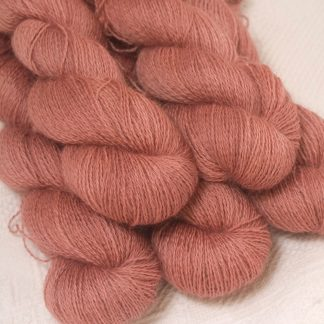 Ash Rose - Light greyish pink hand-dyed Wensleydale DK/ Double Knit yarn. Hand-dyed by Triskelion Yarn