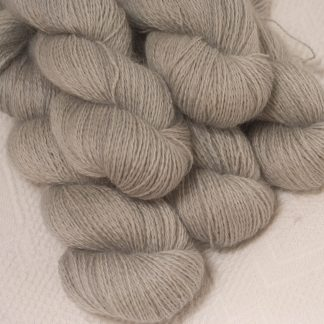 Seagull - Light grey hand-dyed Wensleydale DK/ Double Knit yarn. Hand-dyed by Triskelion Yarn