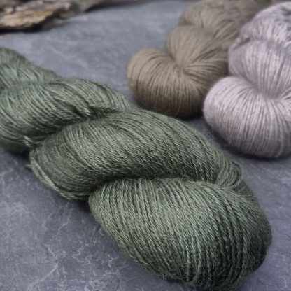 Bodhi – Mid-toned grey-green with a slight olive undertone baby alpaca 4-ply/fingering/sock yarn. Hand-dyed by Triskelion Yarn