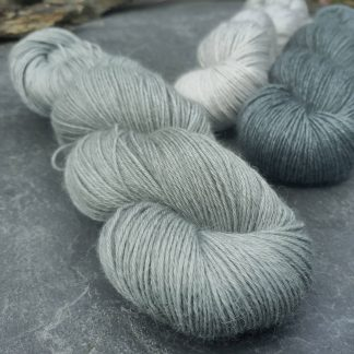Rain-washed – Light grey with a dusty aqua undertone baby alpaca 4-ply/fingering/sock yarn. Hand-dyed by Triskelion Yarn