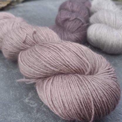 Rhosyn – Soft, dusty pink, on the rose side baby alpaca 4-ply/fingering/sock yarn. Hand-dyed by Triskelion Yarn