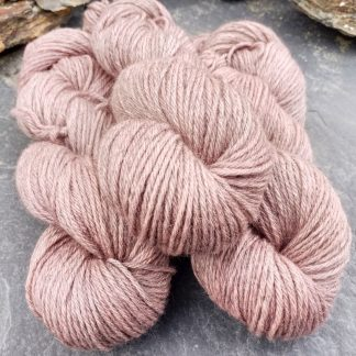 Rhosyn – Soft, dusty pink, on the rose side Bluefaced Leicester (BFL) / Gotland aran weight yarn. Hand-dyed by Triskelion Yarn