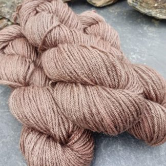 Taliesin – Light warm taupe with a fawn undertone Bluefaced Leicester (BFL) / Gotland aran weight yarn. Hand-dyed by Triskelion Yarn