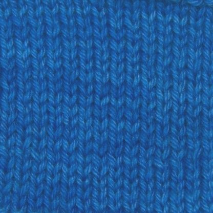 Cornflower - Cornflower blue Corriedale heavy DK/worsted weight yarn. Hand-dyed by Triskelion Studio.