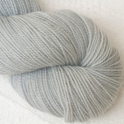 Tern - Pale cool grey Corriedale 4-ply/fingering weight yarn. Hand-dyed by Triskelion Studio.