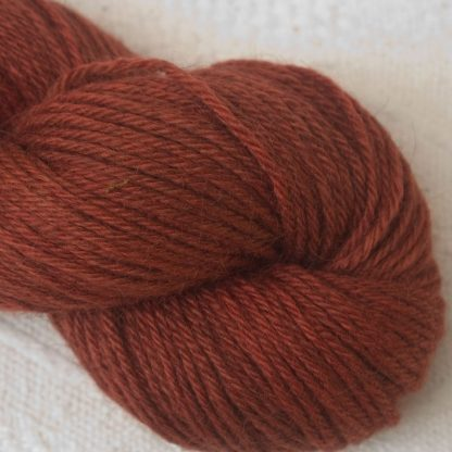 Redwood - Mid to dark russet Corriedale heavy DK/worsted weight yarn. Hand-dyed by Triskelion Studio.