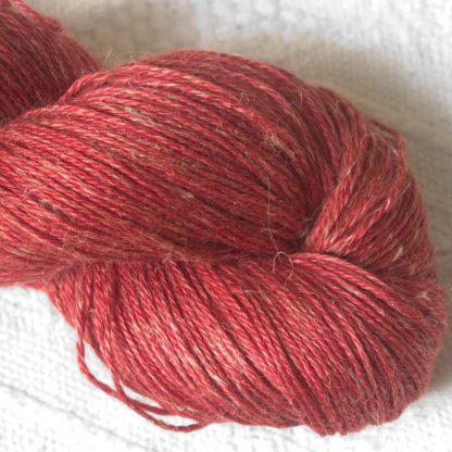 Boötes - Mid- to dark red Baby Alpaca, silk and linen 4-ply yarn. Hand-dyed by Triskelion Yarn.